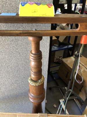 ANTIQUE WOOD AND BRASS VALET for Sale in Las Vegas, NV