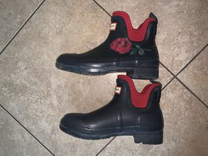 Hunter Waterproof Ankle Rain Boots-Size Womens 7 for Sale in Baldwin Park, CA