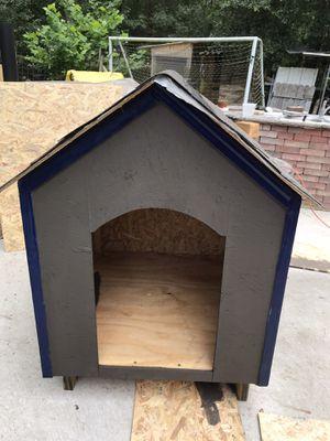 Dog house/Casa para perros for Sale in Porter, TX