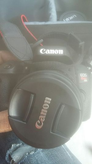 Canon rebel t7i for Sale in University Place, WA