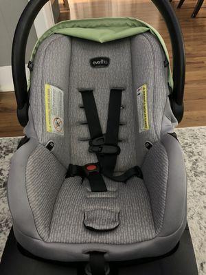 Evenflo litmax 35 infant car seat for Sale in Scranton, PA
