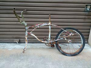 Vintage bike frame for Sale in Sebring, FL