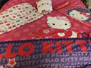Hello Kitty Full comforter set w/curtains & hello kitty beanie baby for Sale in Round Rock, TX