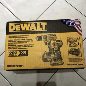 Drill/Impact Combo Kit (2-Tool) for Sale in Hialeah, FL
