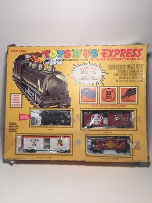 Vintage Toys R Us Express Train!! From 1985!!! With Toys R Us Giraffe, Amazing Old Collectible , Fully Functional Train for Sale in Pleasant Hill, CA