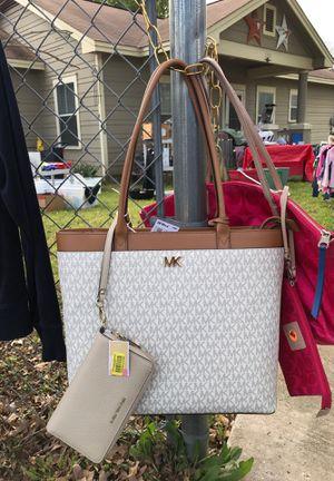 MK brand new with wallet for Sale in Austin, TX