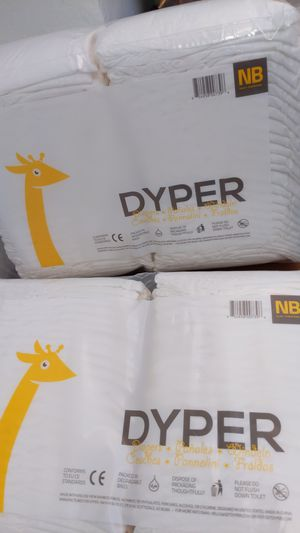 2 packs! Newborn Diapers up to 10 pounds - 104 diapers for Sale in Miami Beach, FL