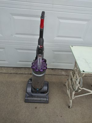 Purple Dyson vacuum for Sale in Maywood, IL