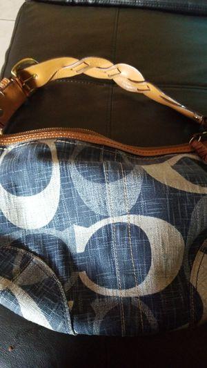 Coach Denim C's hobo bag (medium) for Sale in Long Beach, CA