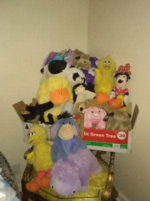 Teddy bears and pillow pets all for 15 for Sale in Union City, GA