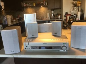 Pioneer DVD/CD Receiver XV-HTD520 (like new) for Sale in New York, NY