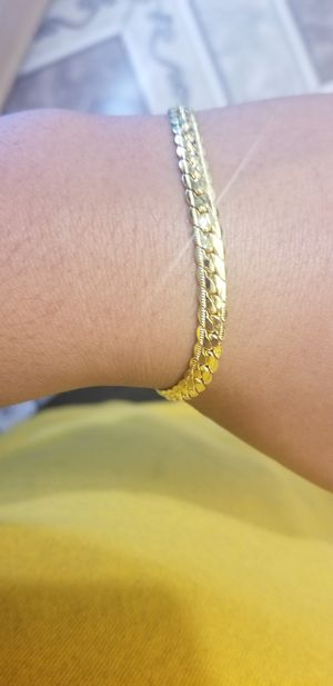 18K Gold Plated Bracelet for Sale in Fountain Valley, CA