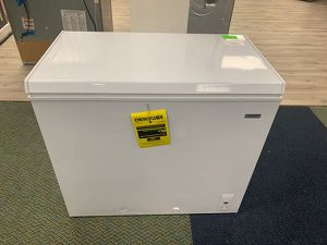 BRAND NEW!! IDYLIS IF71CM33NW FREEZER!! X5M for Sale in Long Beach, CA