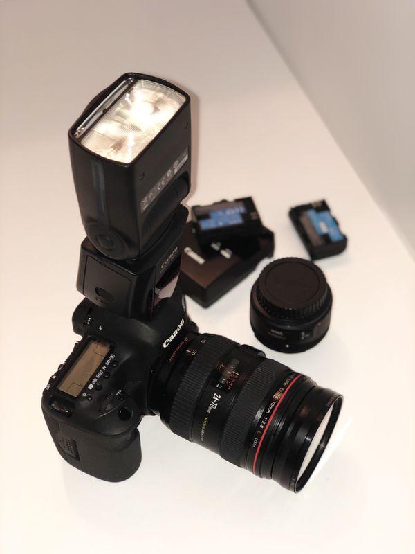 Canon EOS 5D Mark III SLR Camera Kit w/ lens