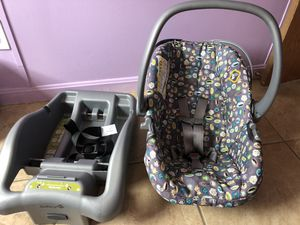 Baby Car seat for Sale in Luttrell, TN