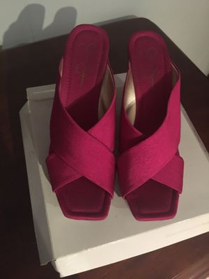 Jessica Simpson hot pink shoes for Sale in Franklin, WI