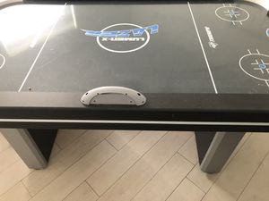 Triumph air hockey table for Sale in Davie, FL