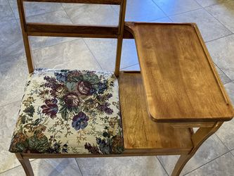 Vintage Accent Chair with Storage for Sale in Nampa,  ID