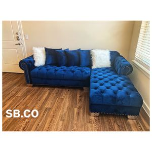 Royal blue sectional (NEW IN BOX 📦) FREE DELIVERY 🚚 ONLY HOUSTON AREA for Sale in Houston, TX