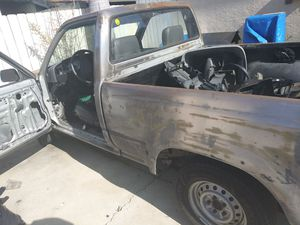 1992 22re Toyota Pick Up Truck 4cyl 5spd. for Sale in Chula Vista, CA