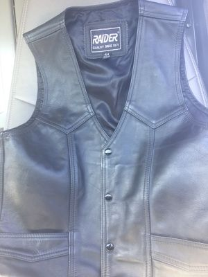 Motorcycle vest size 44 almost new $25 for Sale in Glen Burnie, MD