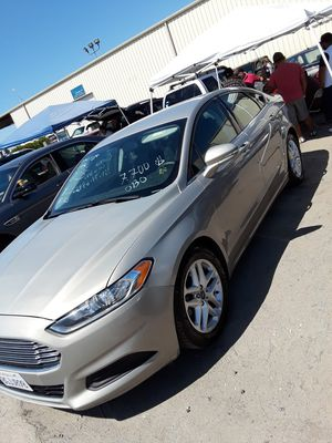 2015 Ford Fusion 2.5 liter 4 cylinder for Sale in Sanger, CA