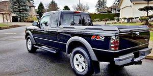 ֆ12OO Ford Ranger 4WD for Sale in Wichita, KS