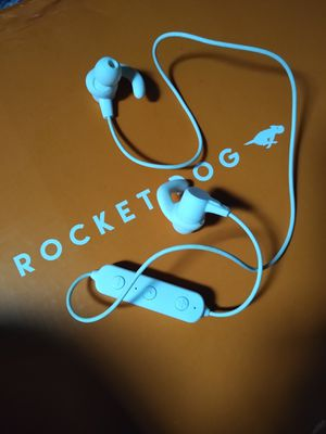 Bluetooth headphones for Sale in Winchendon, MA