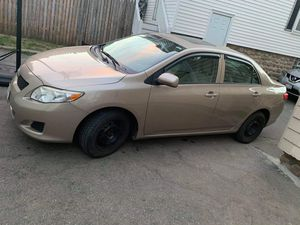 Toyota Corolla 2010 clean title. 86 miles Very good condition , good on gas for Sale in Brockton, MA