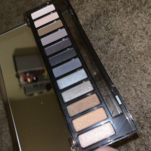 Urban Decay Naked Smoky Palette for Sale in Dallas, TX