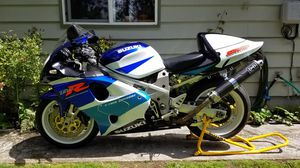 Suzuki TL1000R 1998 1000cc V-twin Superbike Motorcycle for Sale in Seattle, WA