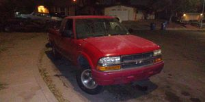 Chevy s 10 (parts truck) for Sale in Las Vegas, NV