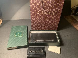 Authentic Gucci patent leather horsebit wallet & matching key case. for Sale in Portland, OR