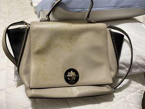 Kate spade shoulder bag for Sale in Oakland, CA