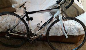 2009 2.1 trek carbon fiber road bike like new for Sale in Broomfield, CO