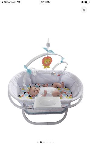 Fisher price bassinet for Sale in The Bronx, NY