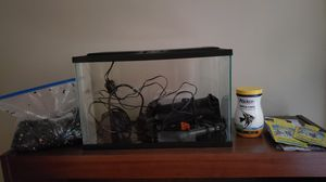 GloFish 5 gallon Fully Equipped Fishtank for Sale in Baltimore, MD