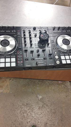 Serato pioneer DJ beat maker for Sale in Cutler Bay, FL