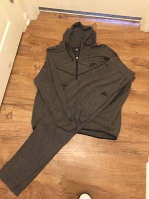 Nike Sweatsuits for Sale in Farmville, VA