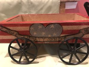 Home Decor: Table Top Patriotic Mini Wagon n Candle holder for Sale in Chesapeake, VA