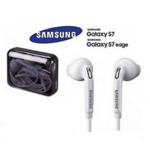 New OEM SAMSUNG 3.5mm Earphone with HD mic for Sale in Queens, NY