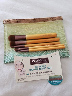 New EcoTools 6 Piece Essential Eye Makeup Brush for Sale in Thornton, CO