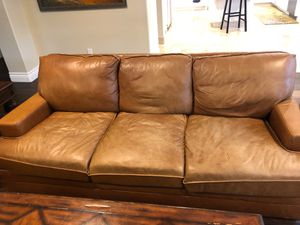 Leather couch for Sale in San Juan Capistrano, CA