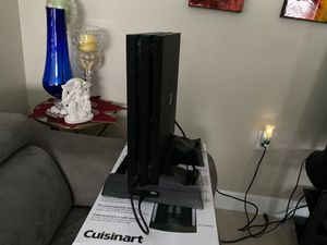 Ps4 PRO and accessories for sale for Sale in Opa-locka, FL