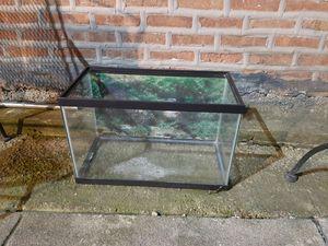 Fish tank for Sale in Chicago, IL