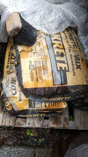 Concrete 60lb bags for Sale in Tacoma, WA