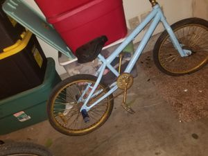 Bmx bike for Sale in Fresno, CA
