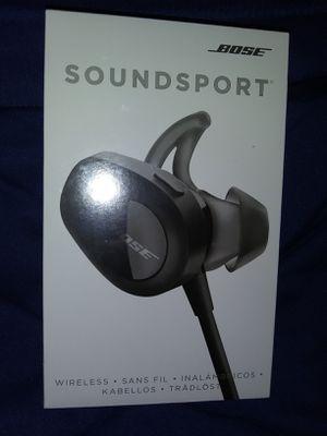 Bose SoundSport Earphones for Sale in Minneapolis, MN