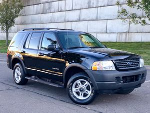 2003 Ford Explorer xlt low miles!! Must see for Sale in Waterbury, CT