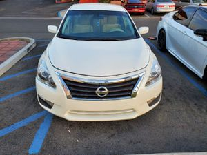 Nissan Altima 2013 in excellent condition for Sale in Anaheim, CA